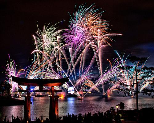 Disney-Firework-Epcot[1].jpg