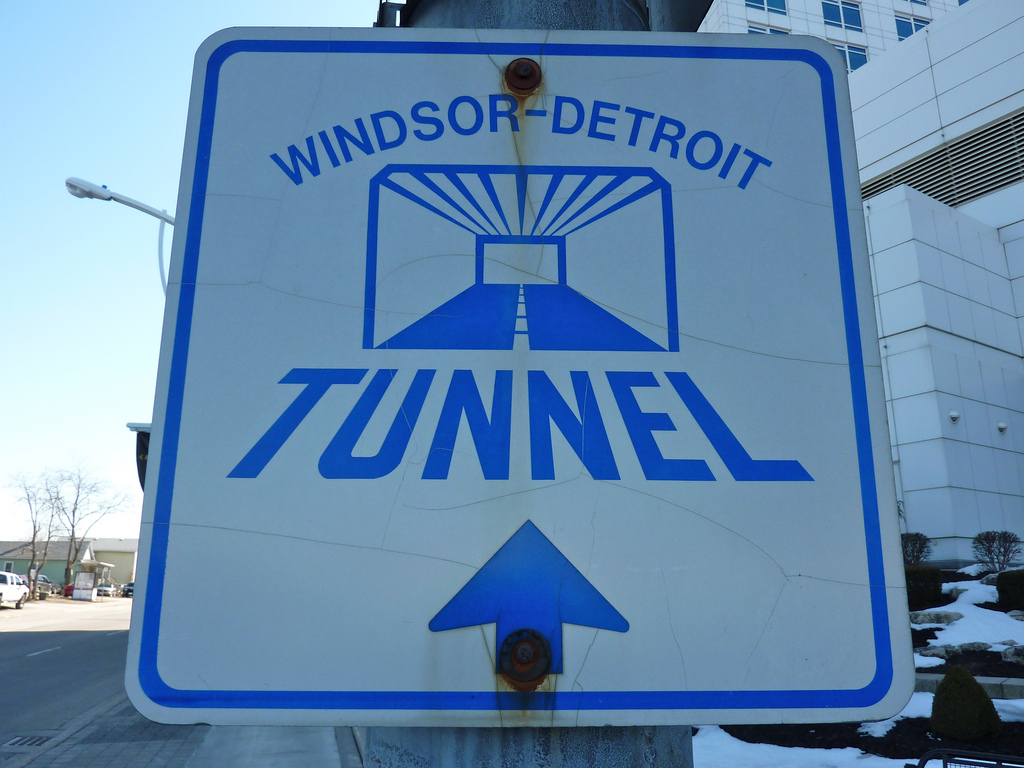 windsor-tunnel-sign.jpg